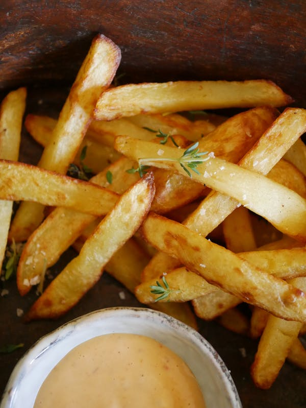 Air Fryer Chips and Aioli P