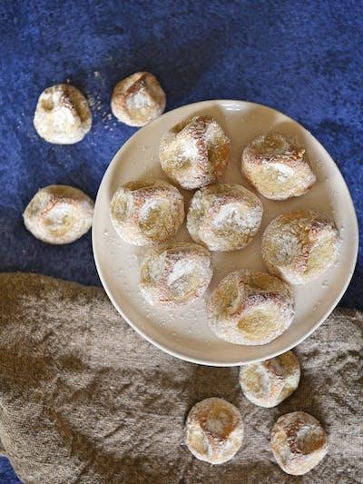 Pasticcini di Mandorla (Almond Orange Biscuits)