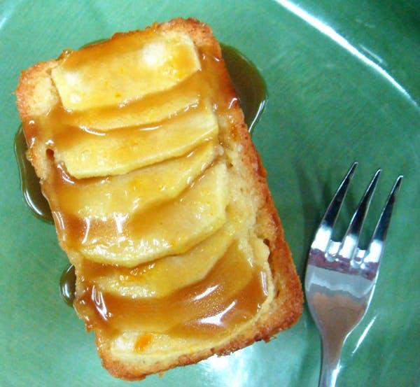 Apple-Dessert-Cake-with-Brandy-Caramel-SaucePS