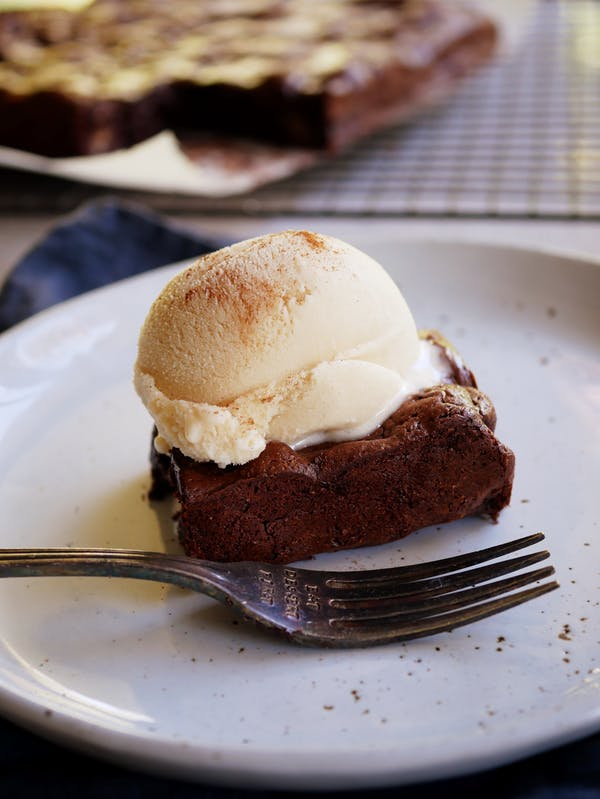 Aztec Brownie With Dulce De Leche Ice Cream P
