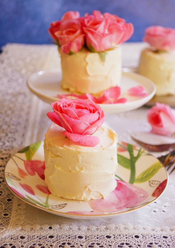 Biscotten Torte P floral plate TENINA