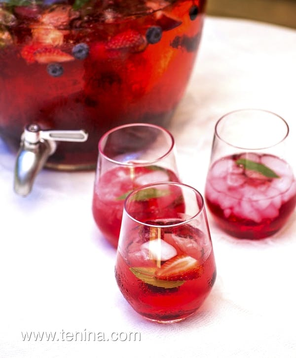 Cranberry-Apple-and-Ginger-punch