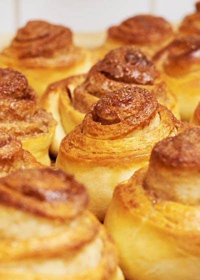 Dulce de Leche Breakfast Scrolls