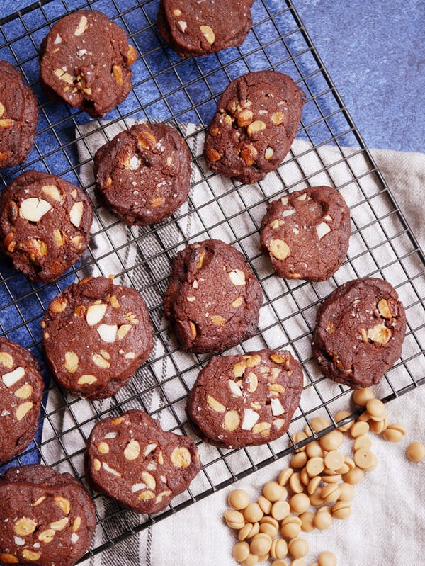 Gold Macadamia Choc Chip Cookies P Thermomix