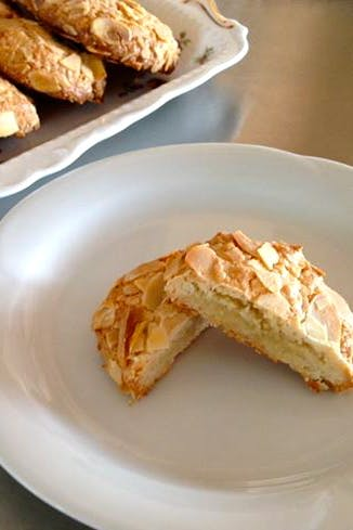 Greek-almond-biscuits-3