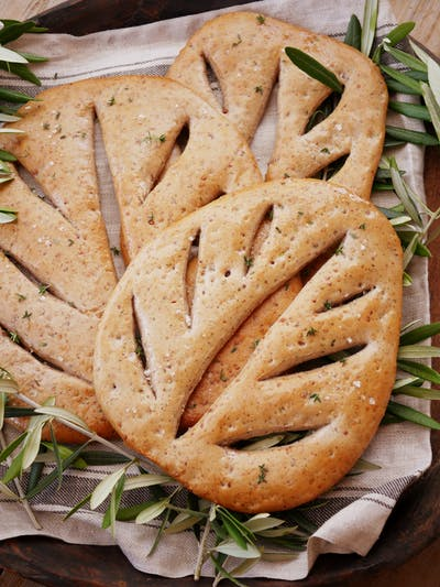 Walnut Fougasse