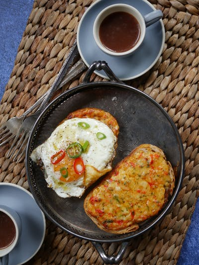 Indian Chilli Cheese Toast (Eggs Kejriwal)