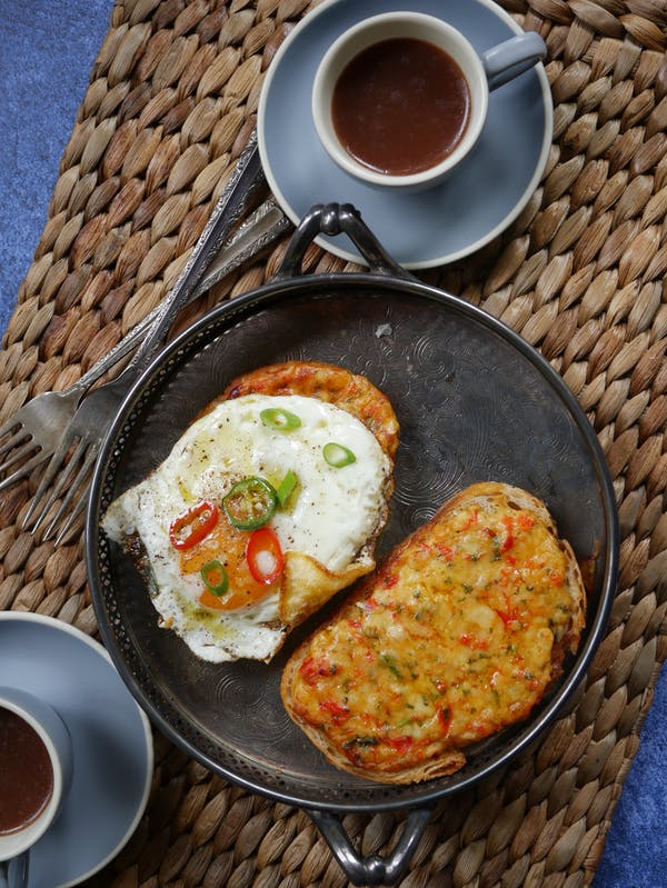 Indian Chilli Cheese Toast (Eggs Kerjriwal) = OH P
