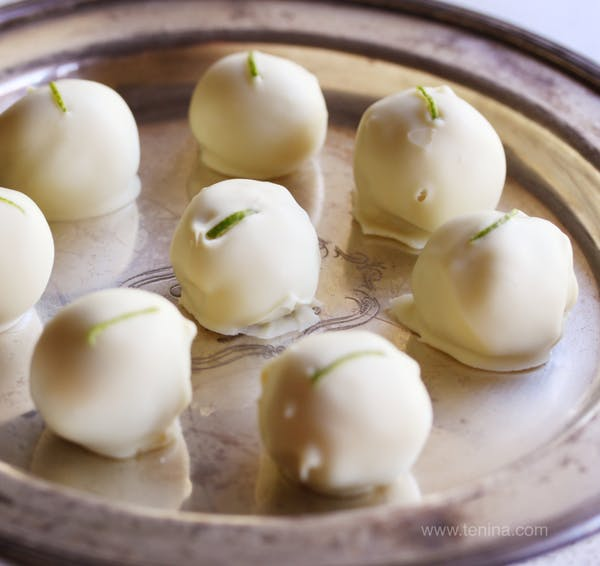 Lime-in-the-Coconut-Truffles