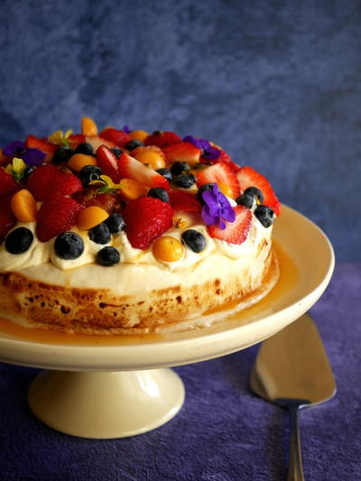 No Bake Honey Pavlova