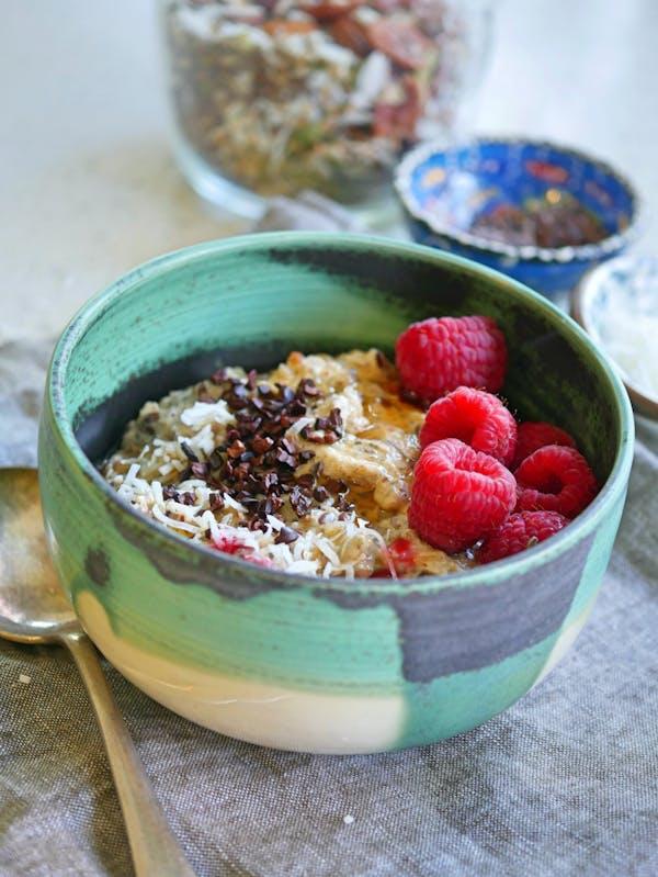 Nutty Chia Paleo Porridge P TENINA