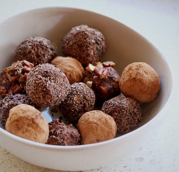 Pecan-Brew Choc-Truffles-1 Fotor