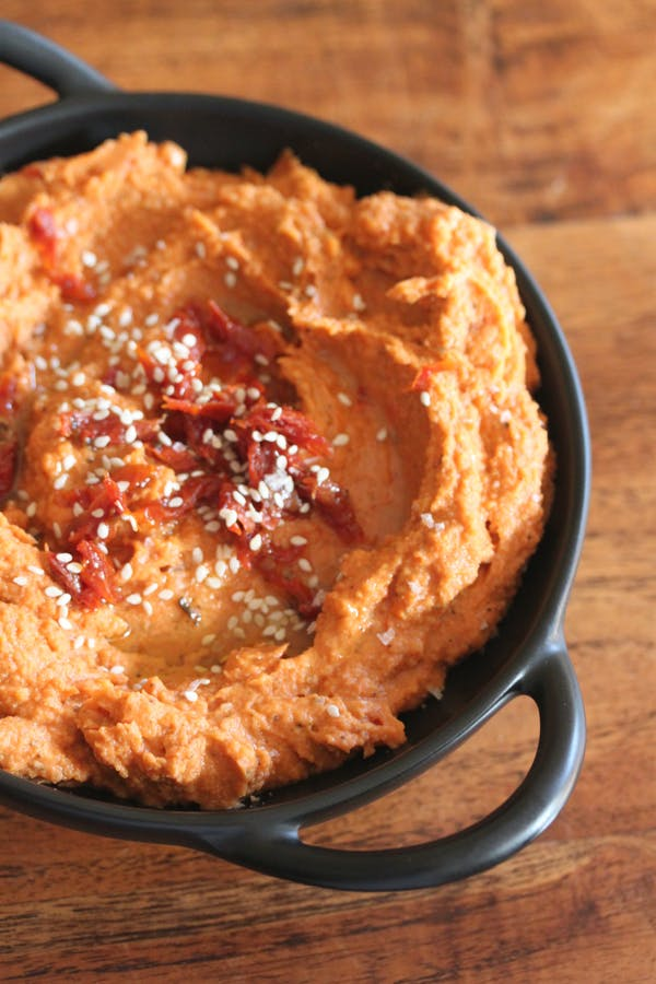 Red Pepper and Sundried Tomato Hummus 1
