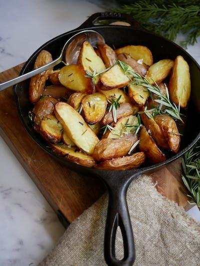 Rosemary Garlic Crispy Potatoes