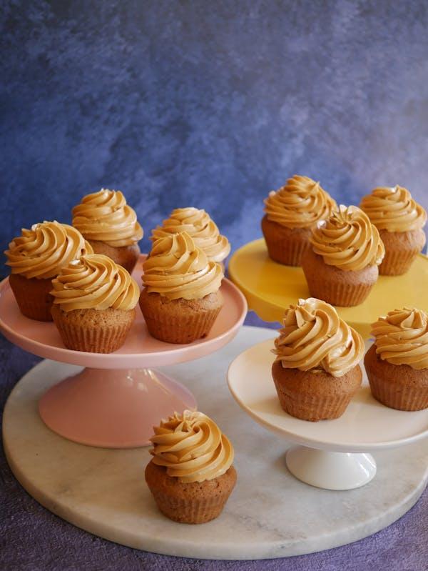 Russian Buttercream Blondie Cupcakes LS crop
