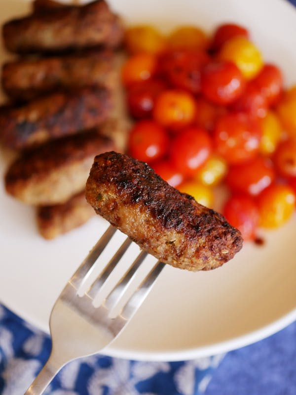 Skinless Pork and Beef Sausages blurry P Air Fryer