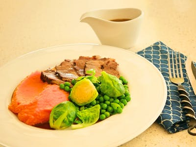 Roasted Beef with Red Wine Jus and Veggies