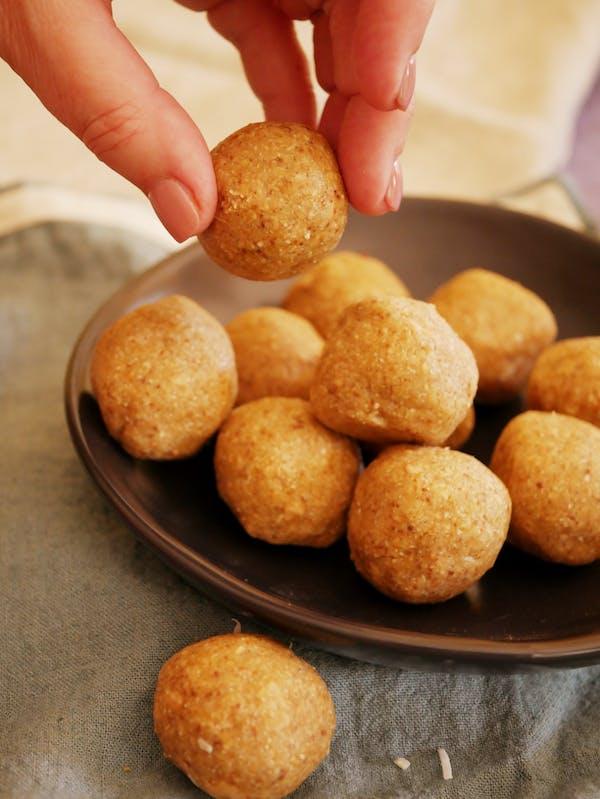 Snickerdoodle Gold Protein Balls P TENINA