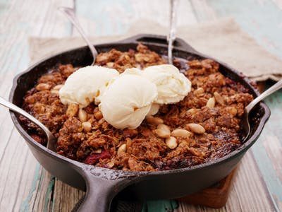 Strawberry Almond Crumble