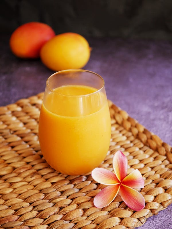 Summery Mango Vodka Cocktail P Thermomix