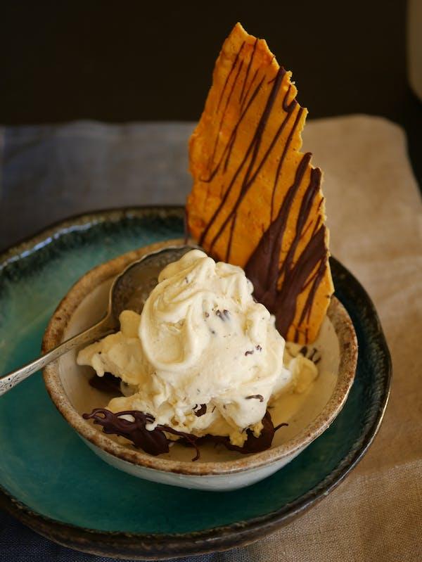 Truffle Honeycomb Shard with ice cream P