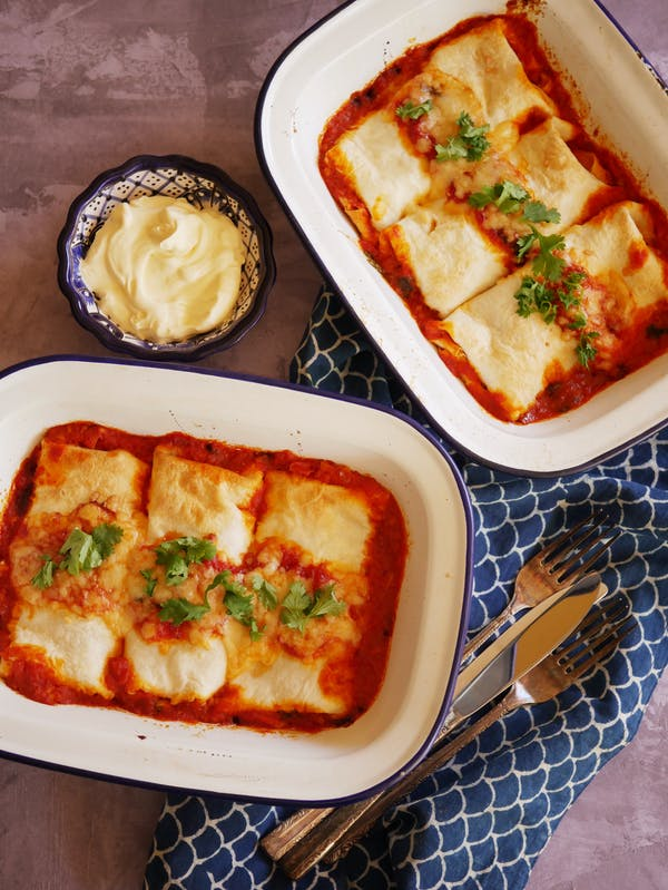 Vegetarian Enchiladas with Black Beans P TENINA